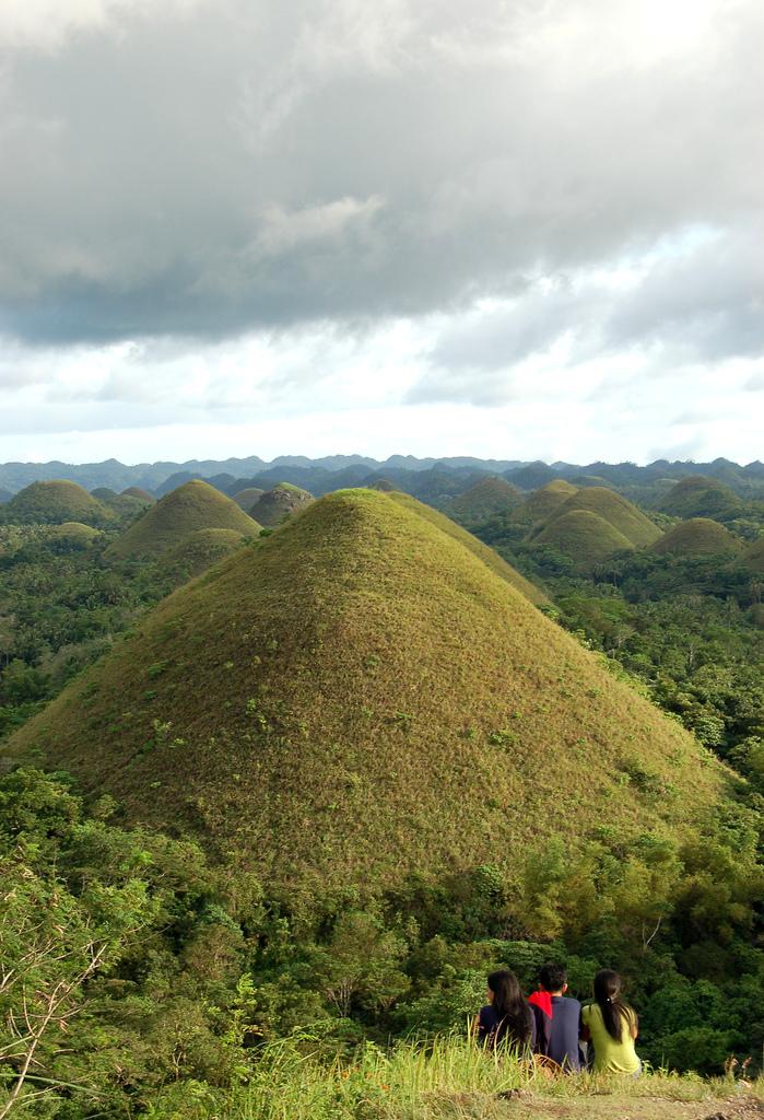 bohol-hills