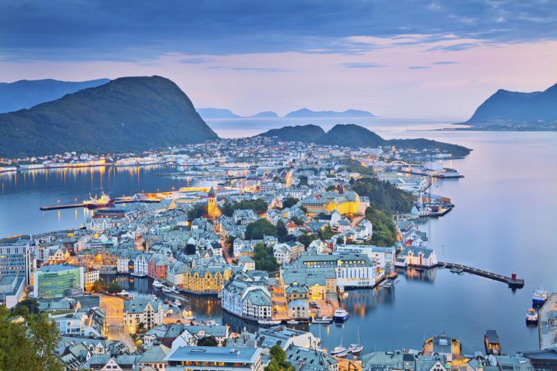 alesund-noruega