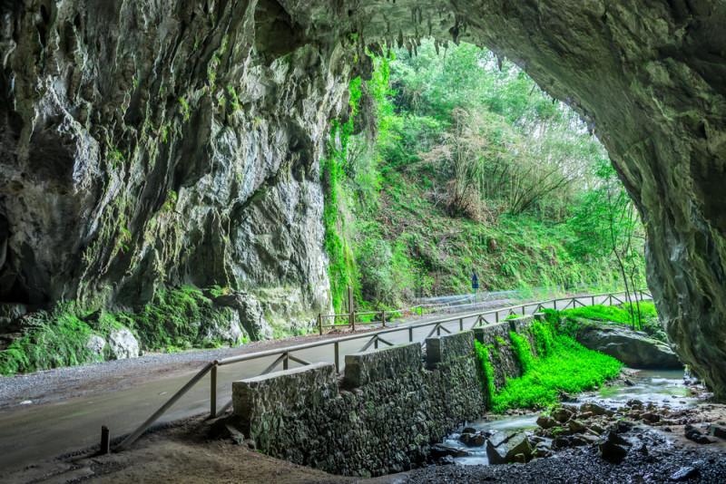 cuevas-de-agua-ribadesella (2)