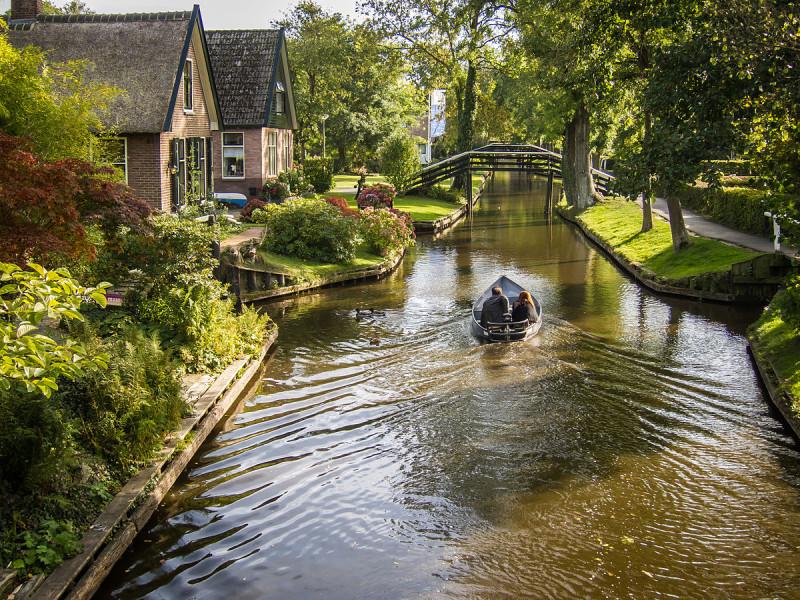 Giethoorn_Netherlands-2
