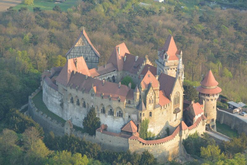 Burg-Kreuzenstein-castillo