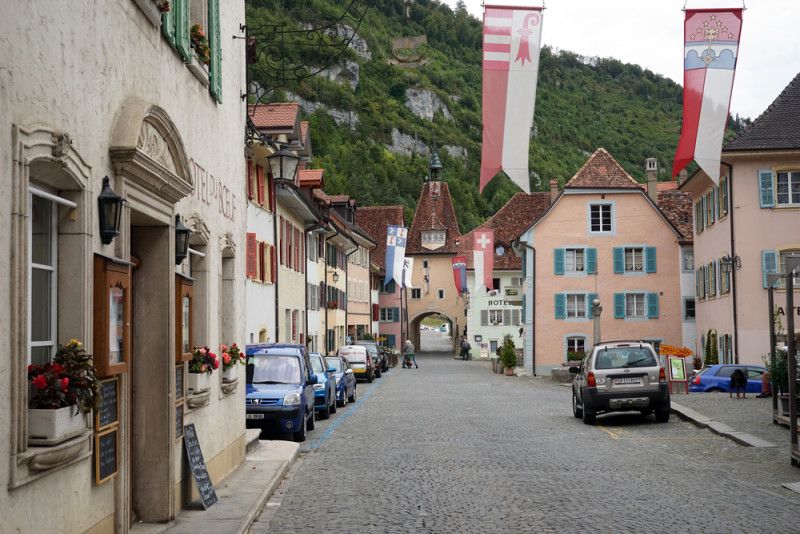 st-ursanne-suiza-pueblo-bonito