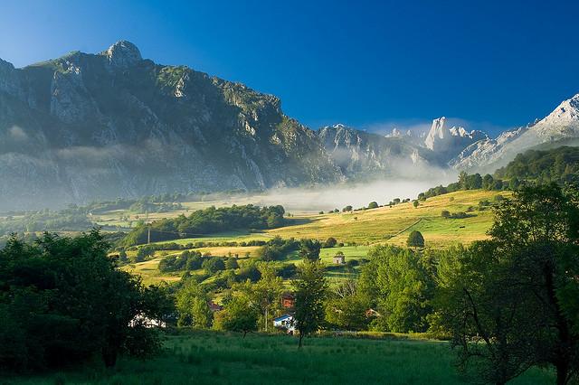 lugares-curiosos-bonitos-asturias