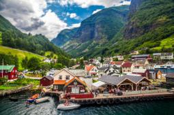 Entre los pueblos paraíso de montaña (y fiordos) de Noruega, Undredal