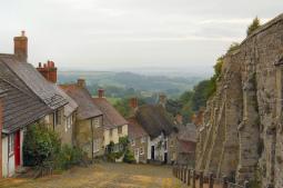 Entre las calles medievales más bonitas de Europa, Gold Hill (Shaftesbury)