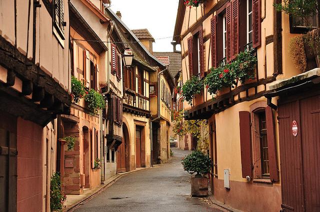 Podría ser un sitio de cuento, pero es otro pueblo de Alsacia (Ribeauvillé)