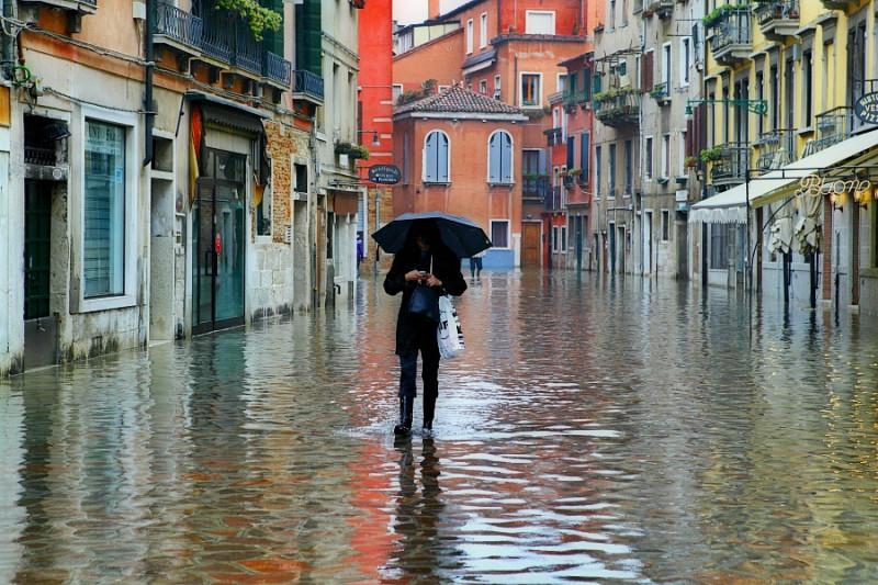 acqua-alta-venecia-italia