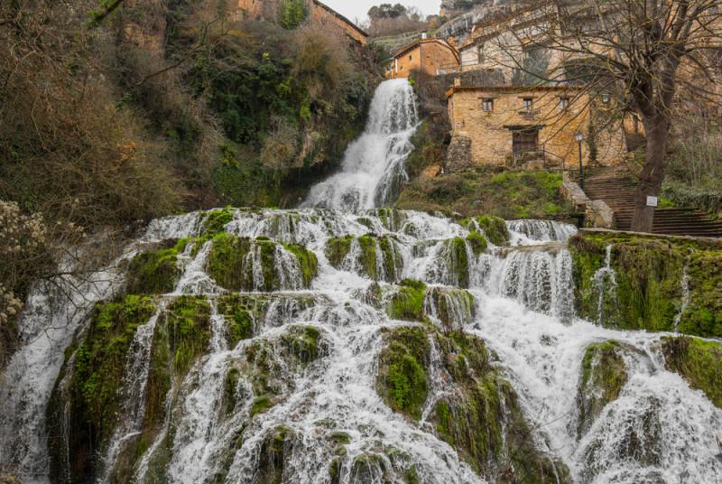 orbaneja-del-castillo-pueblo