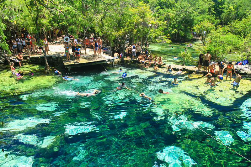 Riviera-Maya-Cenote-azul-8872
