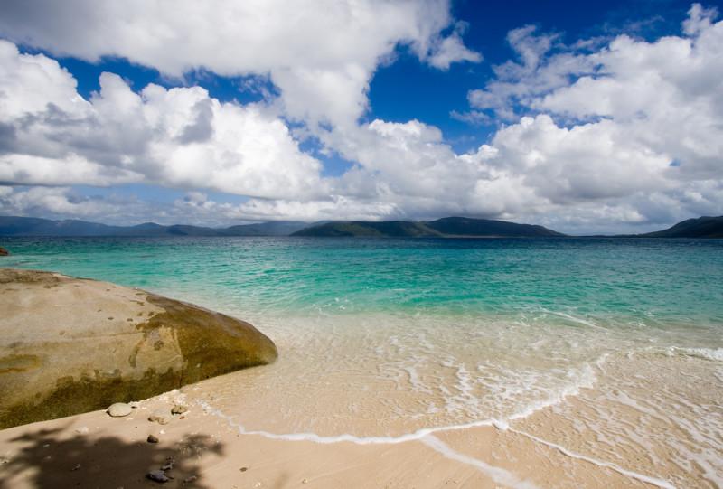 beach-australia-fitzroy-island