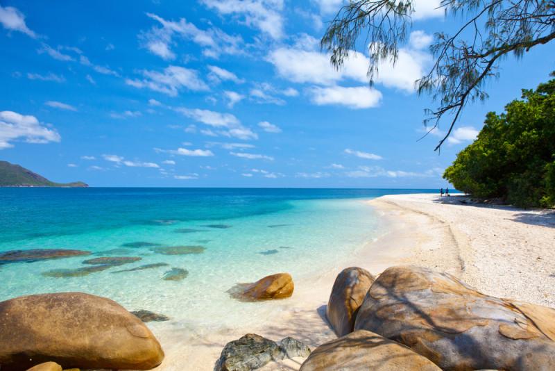 fitz-roy-isla-beach-australia