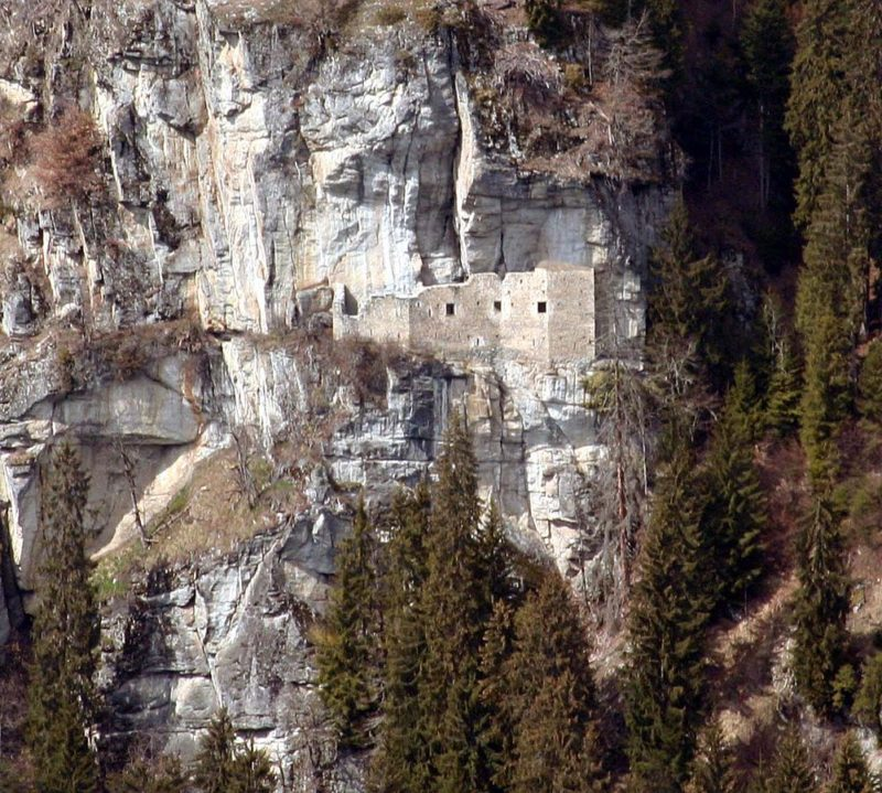Kropfenstein-castle