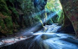 Finnich-Gorge-Escocia