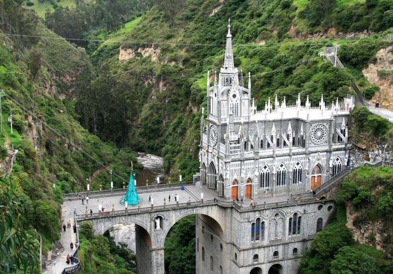 una iglesia sobre un puente en un ca n en colombia 101