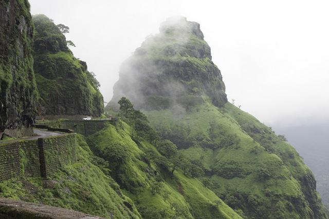 Las montañas alfombradas de verde (y pasadas de agua) en India (Ghats) - 101 Lugares increíbles