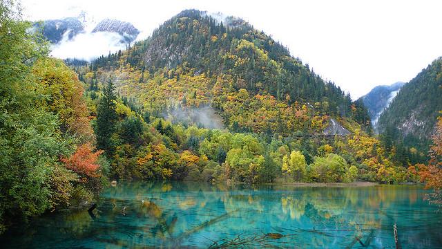 El valle de los lagos en turquesa en China (Jiuzhaigou) - 101 Lugares increíbles