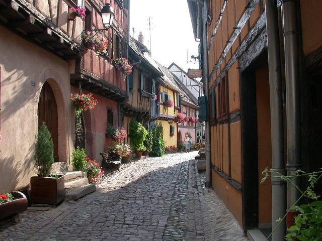 Street-in-Eguisheim