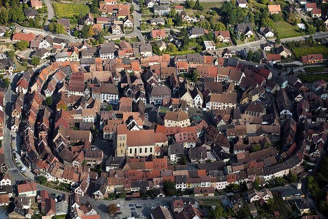Entre los pueblos que parecen sacados de un cuento, Eguisheim (Francia) - 101 Lugares increíbles