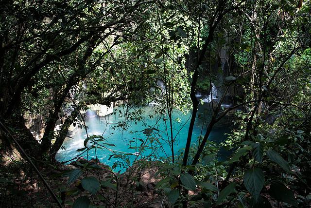 Una piscina natural de agua turquesa entre cascadas en México (Puente de Dios) - 101 Lugares increíbles