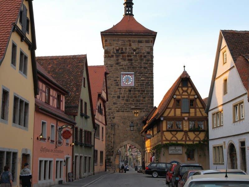 Entre los pueblos congelados en la edad media en alemania - Rothenburg ob der tauber alemania ...