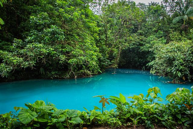 Un río de cinco colores, y nueve ríos de agua turquesa - 101 Lugares increíbles