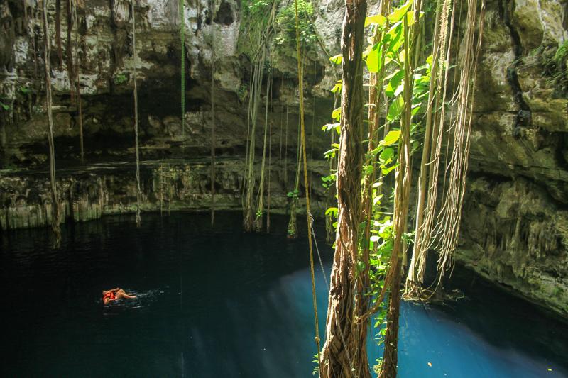 Riviera-Maya-cenote-oxman-9098