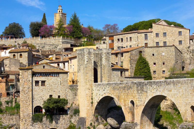 besalu-puente-medieval
