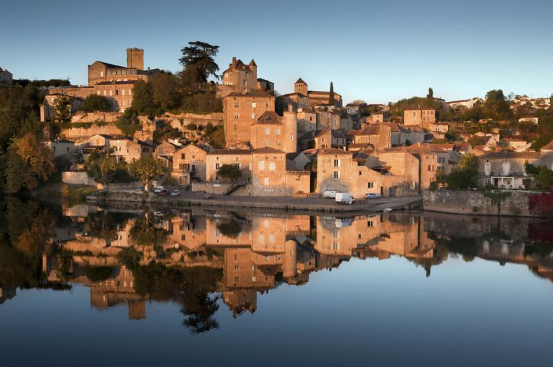 villa-medieval-de-francia