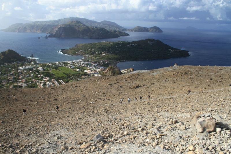 isla-vulcano-eolias-14