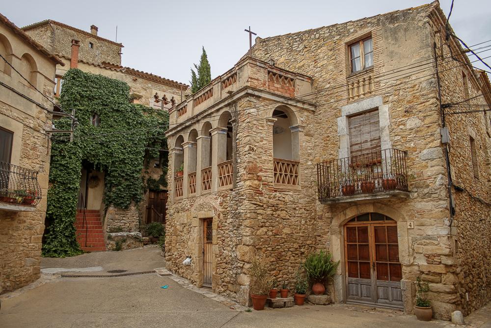 ruta por pueblos en el Baix Empordà