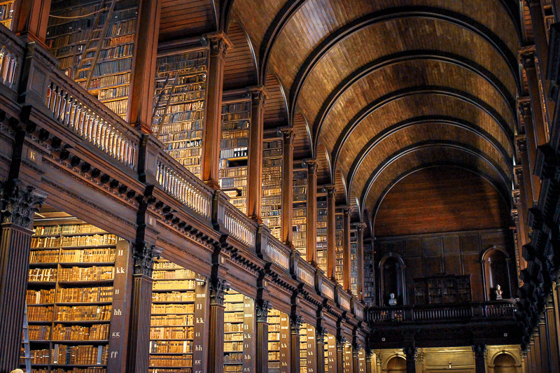 Biblioteca del Trinity College Dublín